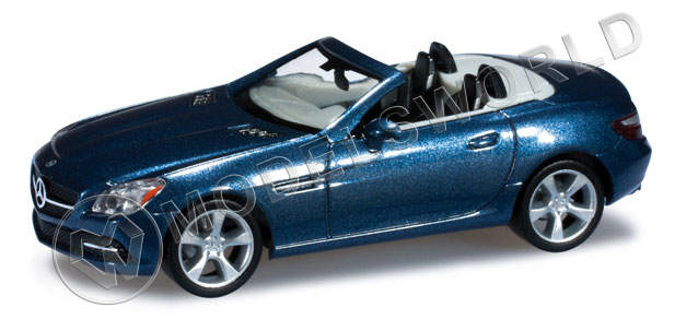 Модель автомобиля Mercedes-Benz SLK Roadster, синий металлик. H0 1:87